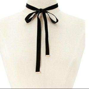 Pretty Black Velvet Bow Ribbon Choker Necklace
